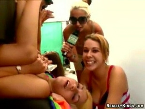Pussy licking contest