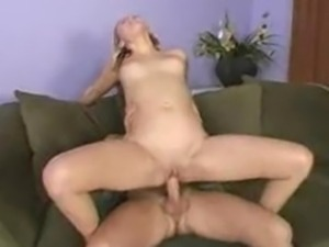 Sindee Jennings Is A Squirting Machine