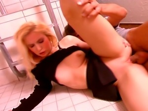Fucking in the locker room was the best experience for this blond slut.