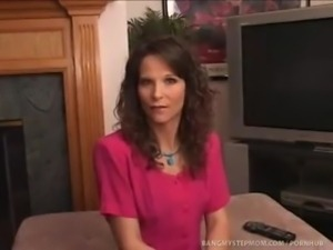 Sexy Horny Mom Seduces Her Well Hung Stepson To Fuck Her Cunt