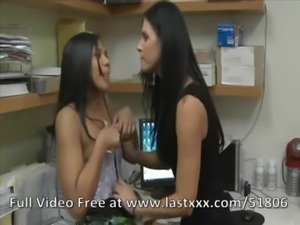 Nicky Hunter and Emy Reyes lesb ... free