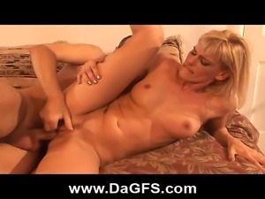 Hitchhiking Milf Repays Favor With Her Ass