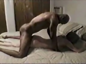 Mature white wife being fucked by a sporty black dude. She starts coming...