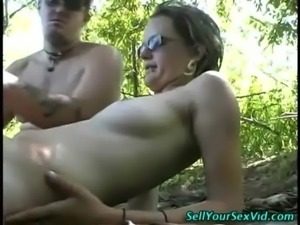 Outdoor amateurs get warmed up free
