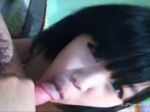 Self shot Korean teen gets fucks with boyfriend