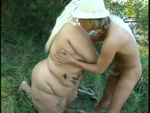 Supersized Blonde BBW fucked Outdoors