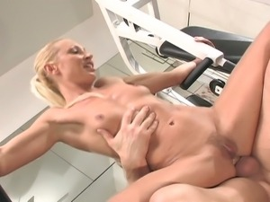 Wild blonde milf gets banged at the gym
