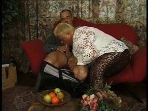 Looking for his car keys in her snatch