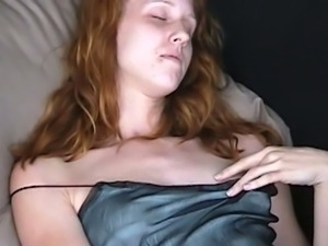 Real redhead jessica fingers under panties