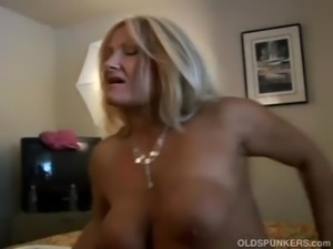 Ravishing mature blonde Roxy loves to fuck younger guys free