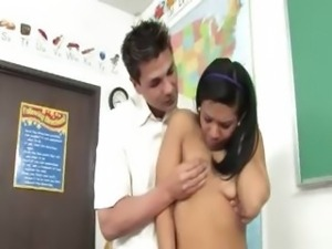 Latina student copulated on the teacher