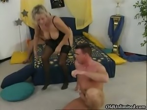 Nasty brunette and blonde mature sluts part6