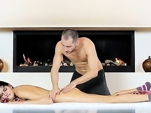 Russian beauty banged by sex machine