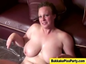Piss loving nasty hoe gets soaked free