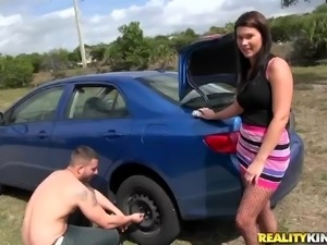 milf emily thanks a guy for changing her tire