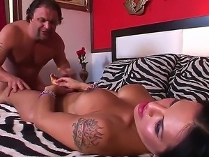 Wild shemale pounding between Foxxy and Jay Ashley would blow up your...