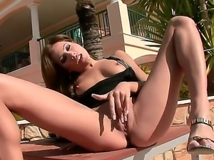 Anita Pearl gets incredible pleasure as she fingers her flawless pussy at the...