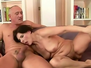 Big ass granny Granny Margo T. with short black hair and cheep make up gets...