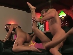 Estella Leon is sharing a huge cock with Sahara Knite in wild threesome