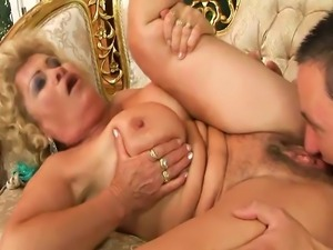 Blonde gilf pussyeaten and fucked