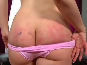 Kandall N gives perfect and full of sensuality strip dance while attending to...