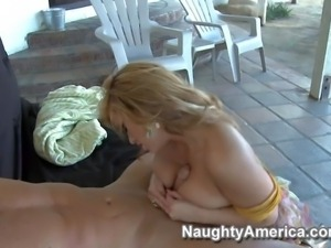 Shyla Stylez is a blond haired curvy blonde with big