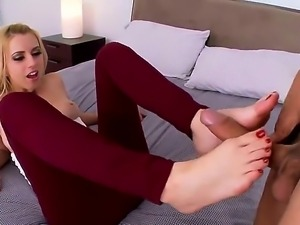 Enjoy foor fetish scene with beautiful and alluring blonde chick Lexi Belle