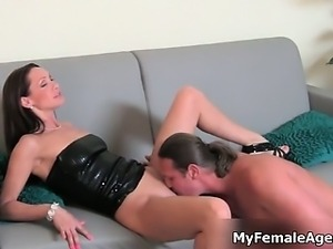 Horny milf boss gets her pussy licked