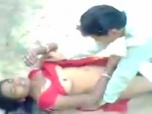 Indian college girl outdoor fuck