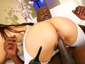 Valentina Nappi enjoys sucking on Lexington Steeles gargantuan prick before...