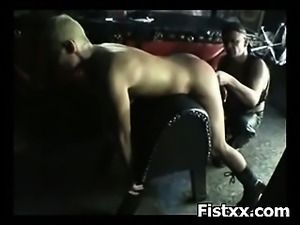 Horny Slut Entertianingly Fisted And Perversion