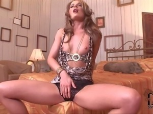 PornSharing.com naked movie - Slender heartbreaker Lepidoptera in black tight...