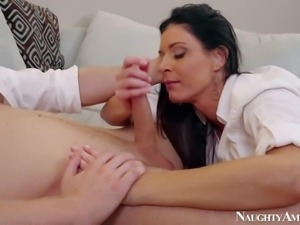 Dark haired housewife India Summer enjoys in seducing her neighbor Danny...