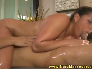 MAssage babe blows her stud during his session in the shower