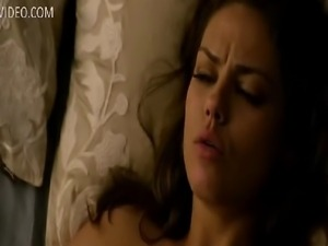 Check one of the sexiest movie scenes from 2012 - Mila Kunis nude and having...