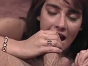 Retro slut gets nailed in her trimmed cunt