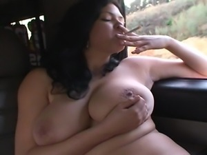 What a combination! Busty czech pornstar Shione Cooper and big Hummer!