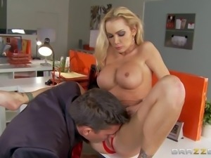 Lonely milf Devon with big firm round boobs needs sex badly on Valentines...