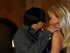 Wild cock addicted blonde cougar Shyla Stylez with cheep make up and french...