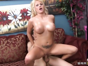 Chris Johnson seduces Jessica Nyx with huge hooters into fucking