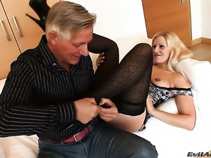 Sandra De Marco loves giving head to Christoph Clark after anal fun