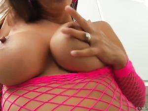 Francesca Le inserts sex toy in her anal hole