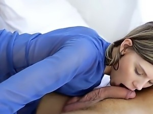 Cindy is a young chick with sloppy mouth and wet lips. She likes sucking big...