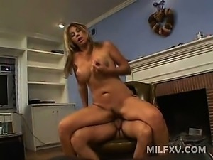 Kat Kleevage is a blonde milf who enjoys doing it with