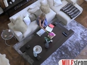 MILF Brandi Love licks teen girl Lia Lor