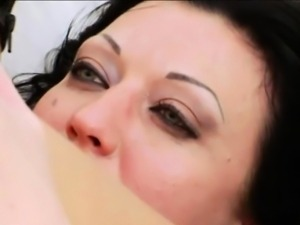 Skinny bombhell Hotkinkyjo gets firm ass banged and facialed