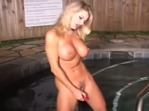 Blonde Vicky Vette Mastrubates For You