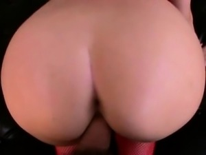Paige Turnah has huge ass