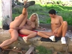 Outdoor sex with 2 german girls 2