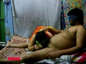 indian babe sucks off her fat husband